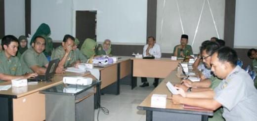 Seminar-Banda-Aceh-Dalam-Angka-2013_1